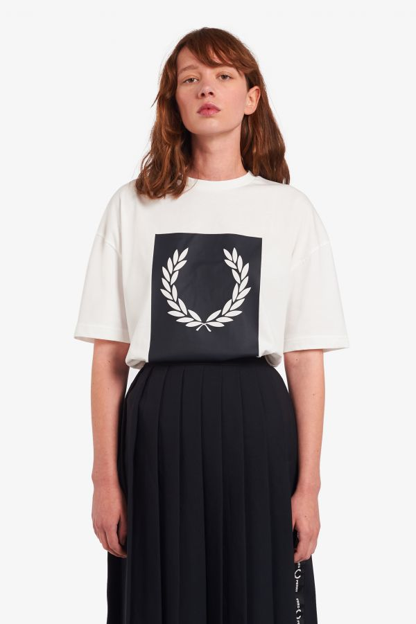 T-Shirt mit Laurel Wreath Grafik