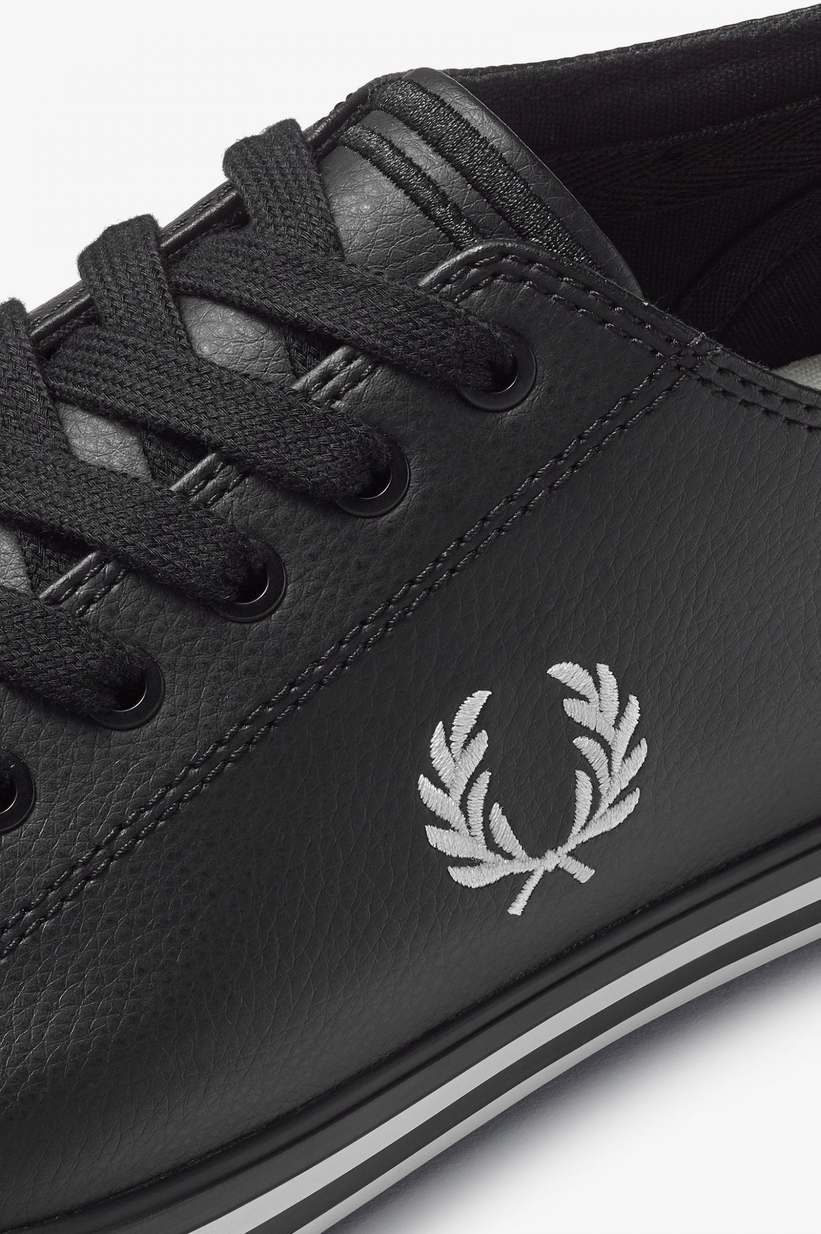 Kingston Leather - Black | Men's