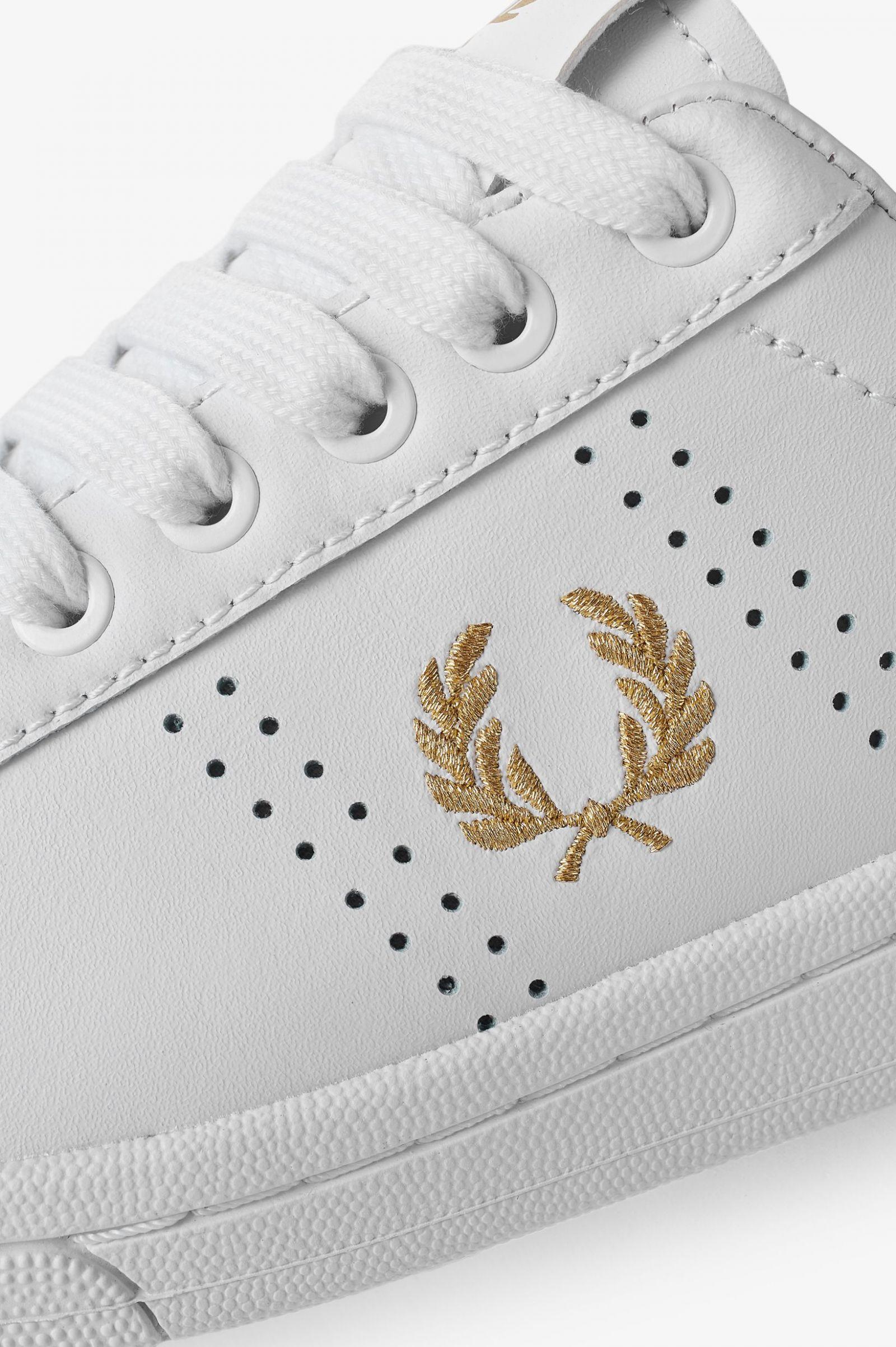 B721 Leather - White   Men's Footwear
