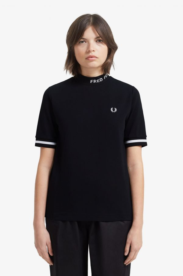 T-Shirt A Collo Alto Con Grafica Fred Perry