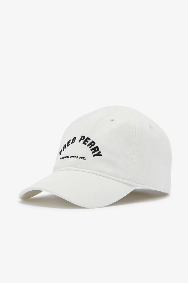 Tricot Arch Branded Cap